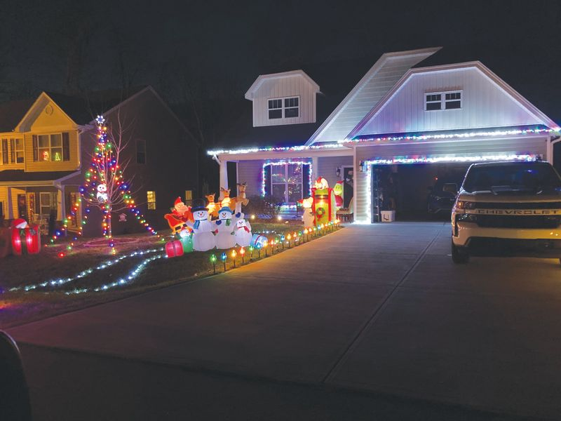 Butner Christmas Parade 2021 Photos Stem Selects Winners Of Holiday Light Contest The Butner Creedmoor News