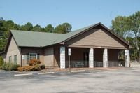 Holt Lake Bar-B-Que & Seafood says it will serve its last dine-meal on Sept. 18.